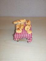 Tavolo con pane
